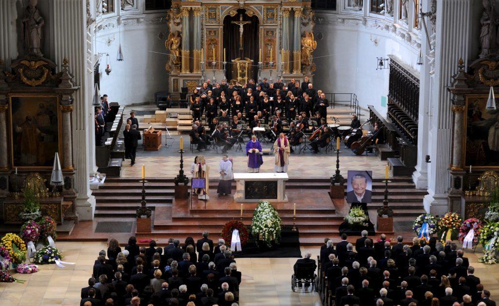 Abschied in der, Jesuitenkirche